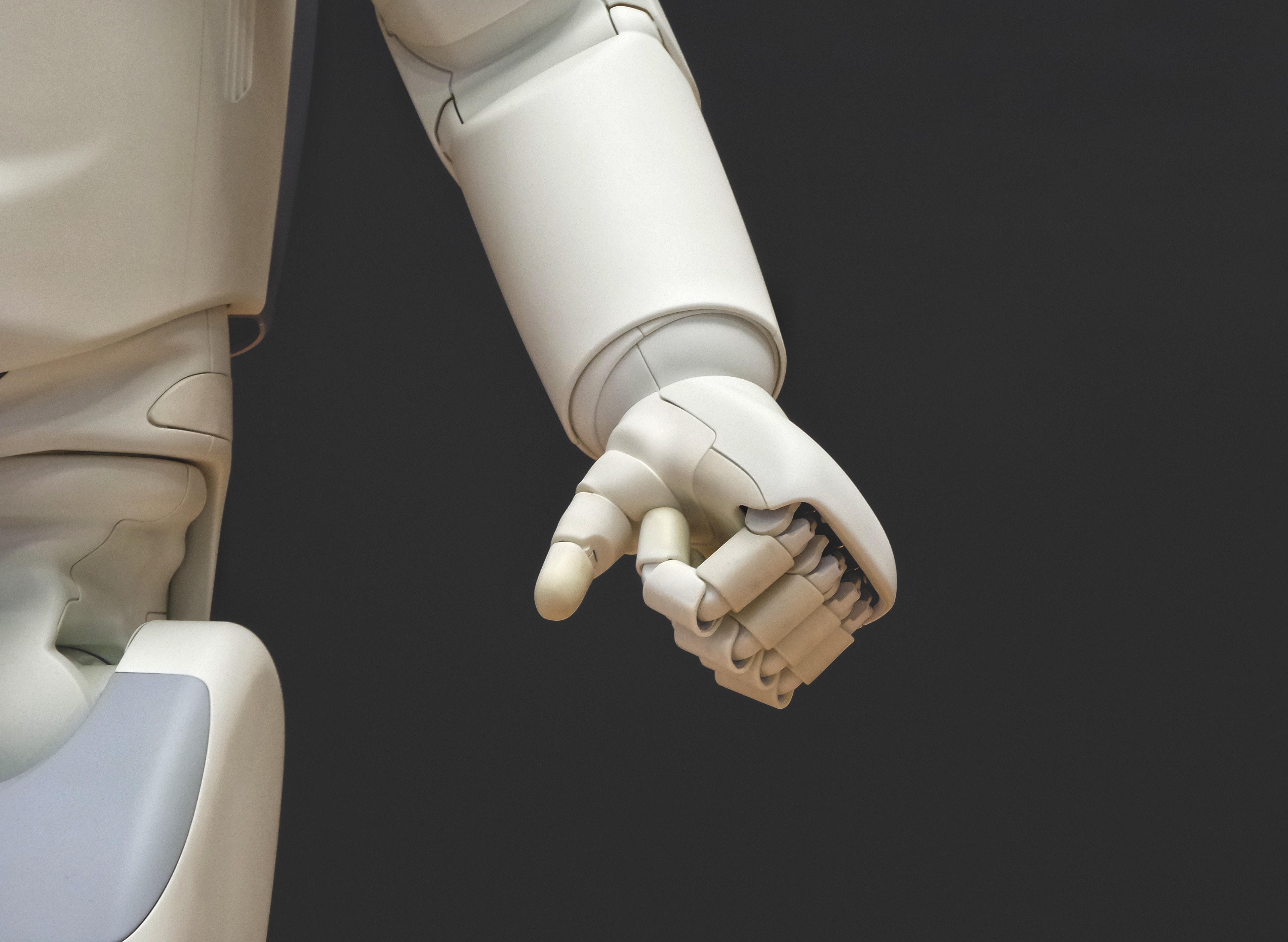 Zníženie počtu chýb a výpadkov robotickej hlavy